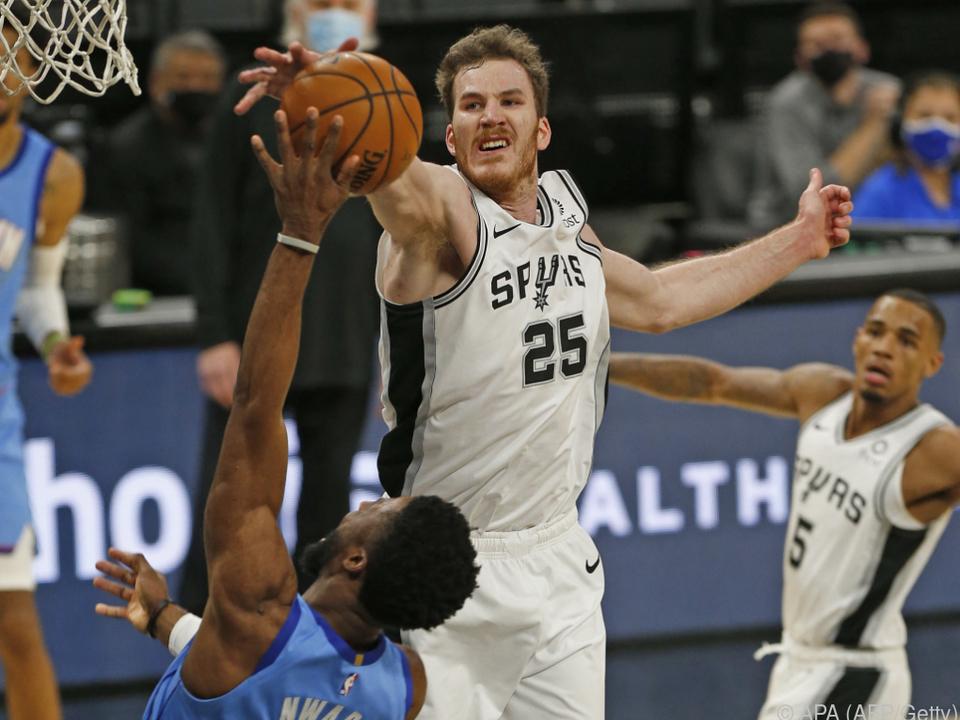 Jakob Pöltl und die San Antonio Spurs sind zurück auf dem NBA-Parkett