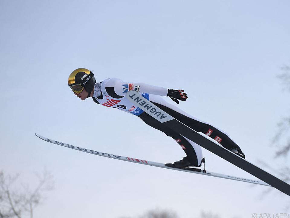 Manuel Fettner fixierte mit seinem letzten Sprung ÖSV-Mixed-Rang drei