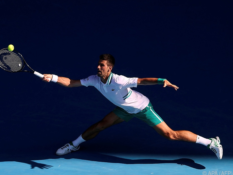 Meister der Verteidigung: Djokovic in Runde drei
