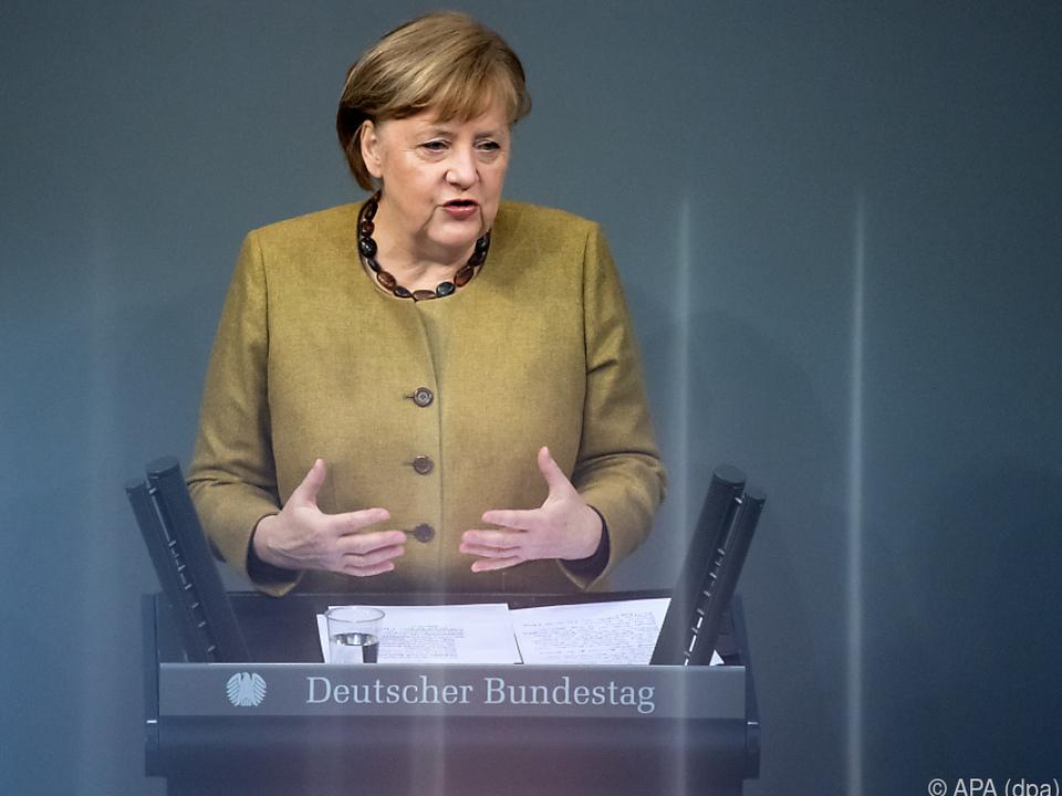 Merkels Regierungserklärung im deutschen Bundestag