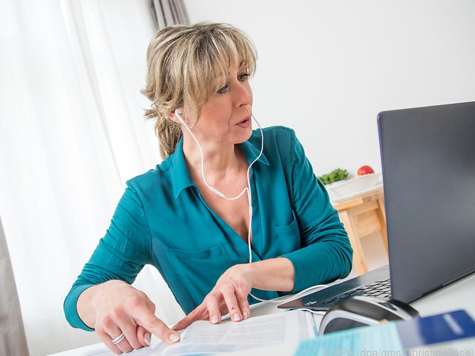 Mitarbeitende können sich im Homeoffice täglich viel Zeit sparen