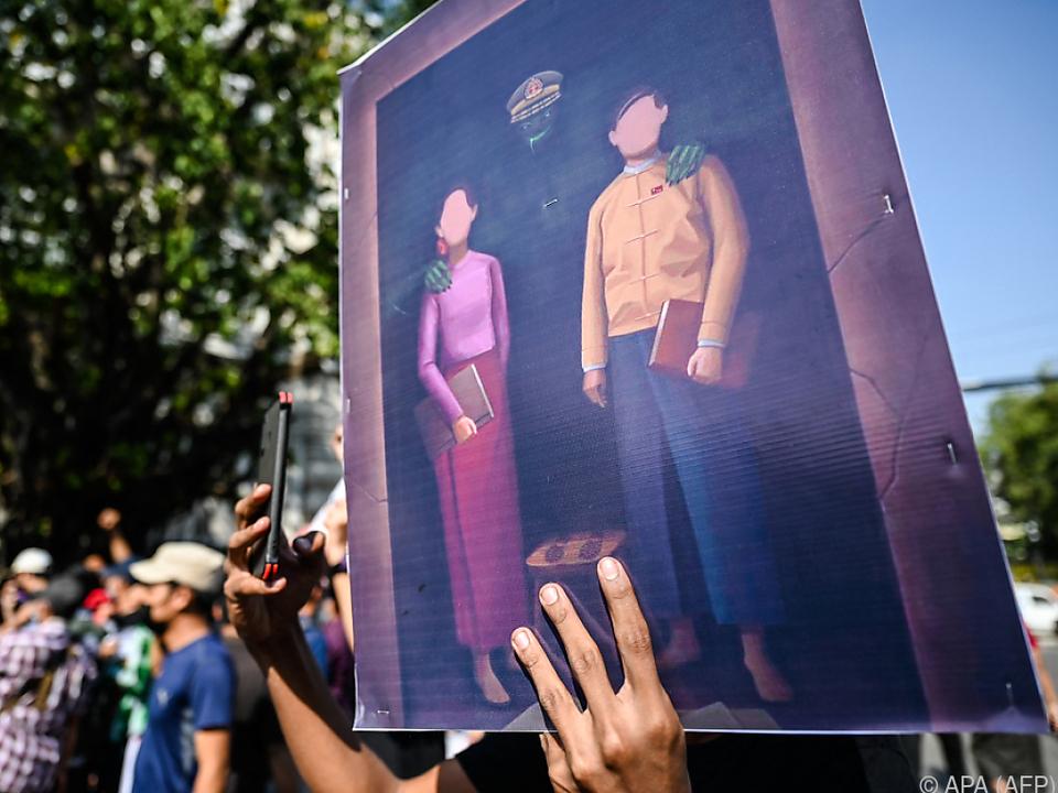 Myanmars Militär sperrte nach Putsch das Internet