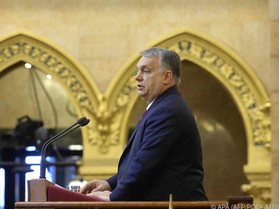 Opposition äußert Kritik an Regierung von Orban