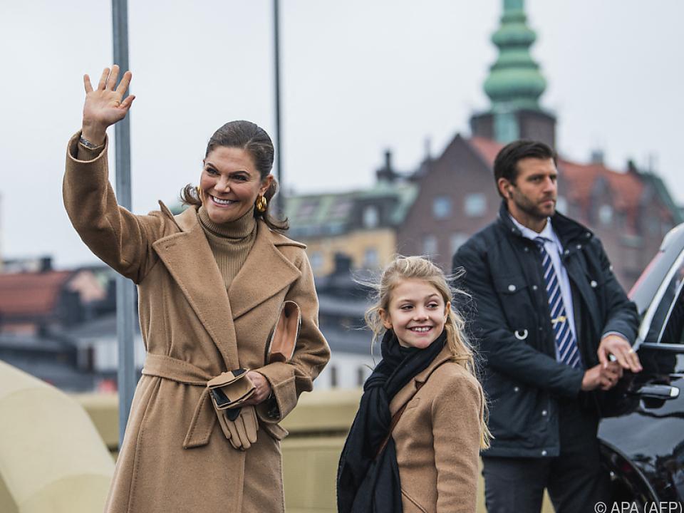 Prinzessin Estelle mit ihrer Mutter Kronprinzessin Viktoria von Schweden