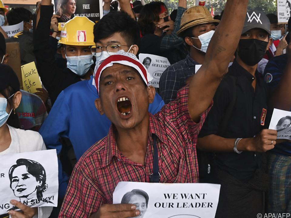 Proteste gegen Junta fordern Opfer