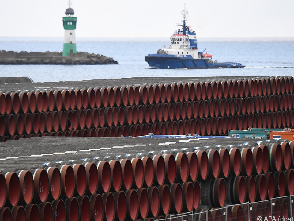 Rohre für den Bau der Erdgaspipeline Nord Stream 2