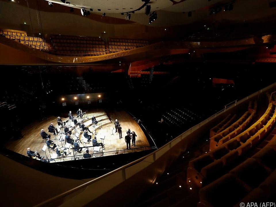 Saal der Pariser Philharmonie profitiert von gedrosselter Klimaanlage