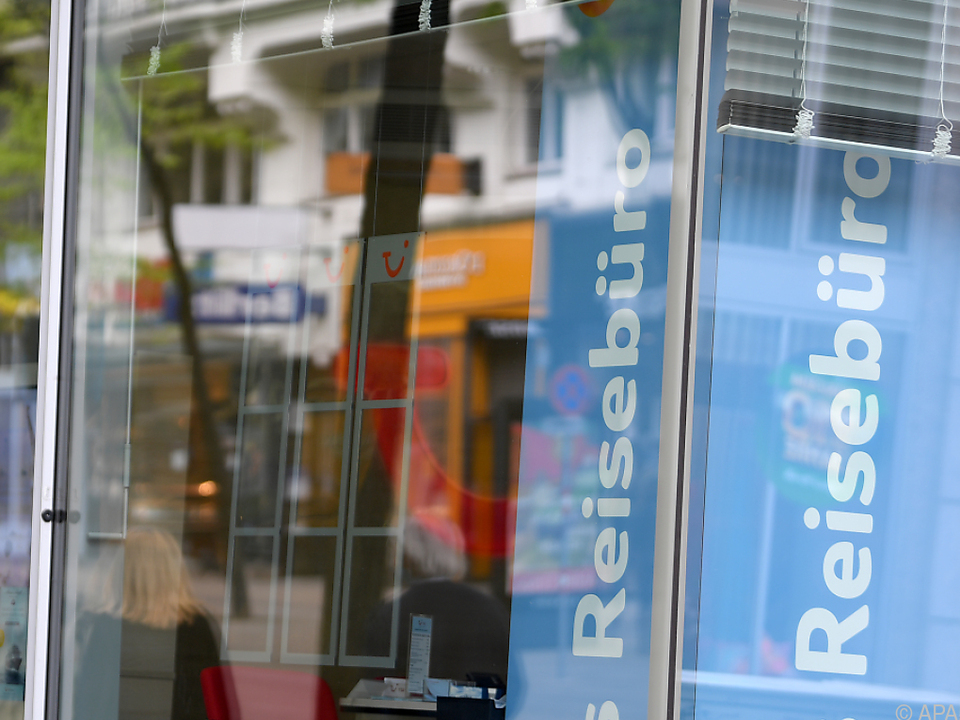 Schaufenster eines Reisebüros in Wien