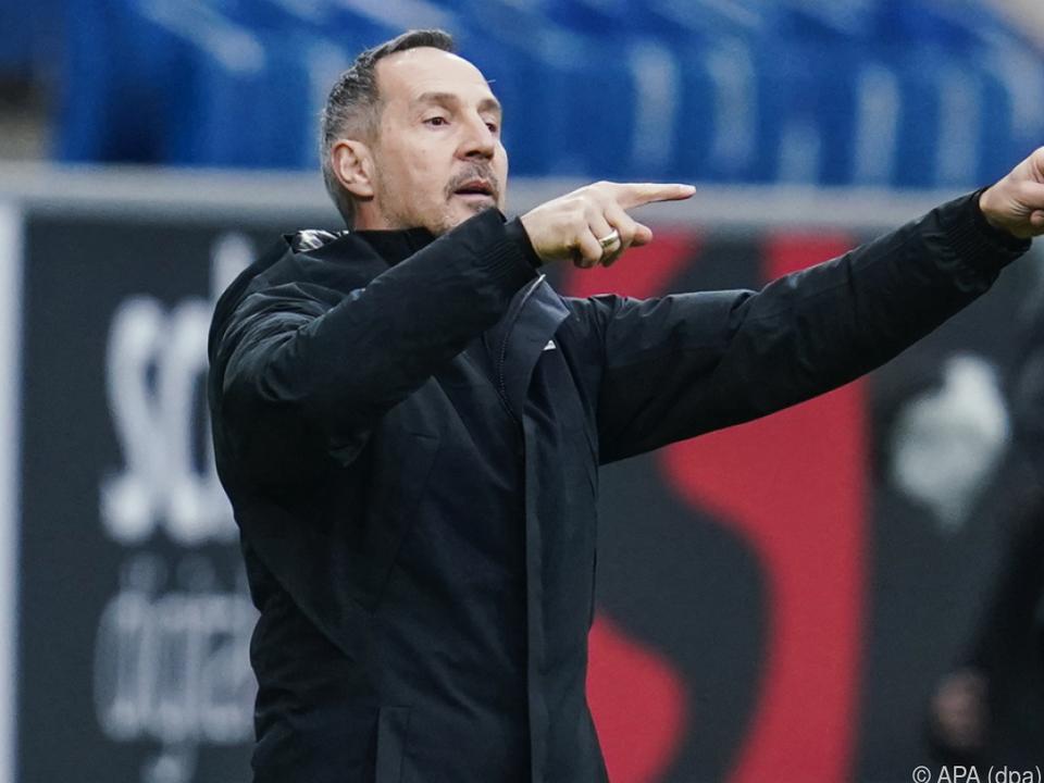 Trainer Hütter dirigierte Eintracht Frankfurt zum nächsten Sieg