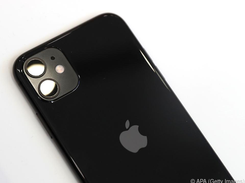 Vom iPhone zum iCar?