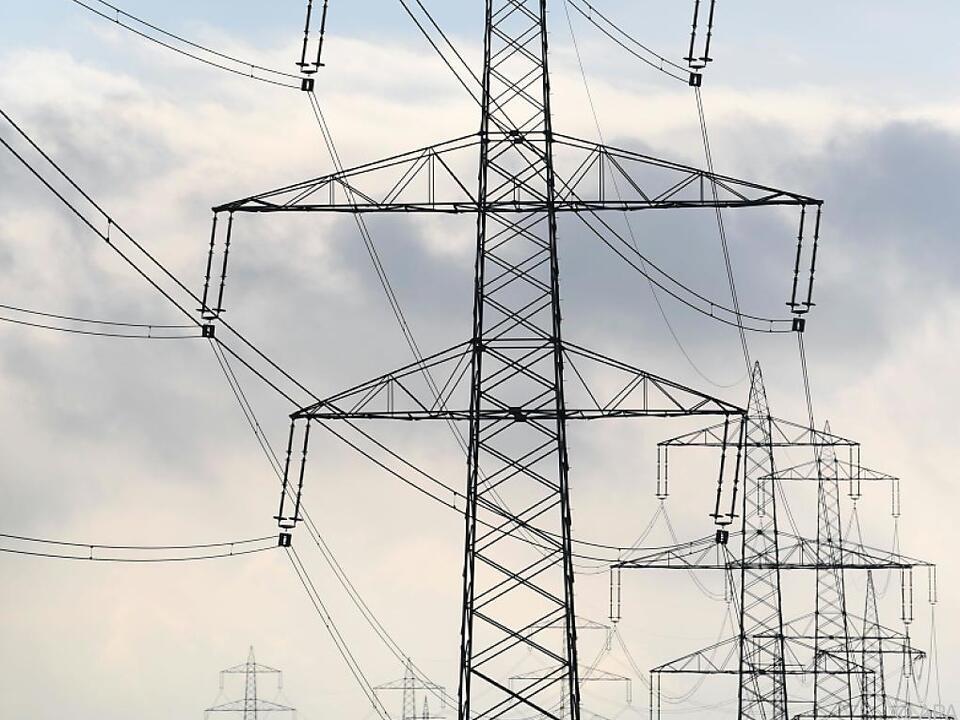 Weniger Stromverbrauch im Coronajahr 2020