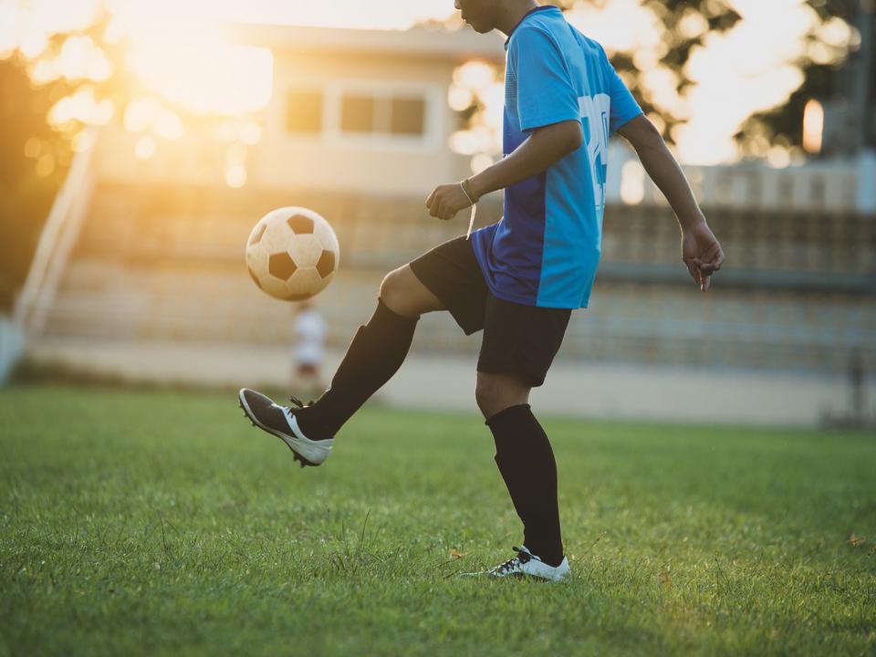 1102561_calcio-allenamento-foto-freepik.com