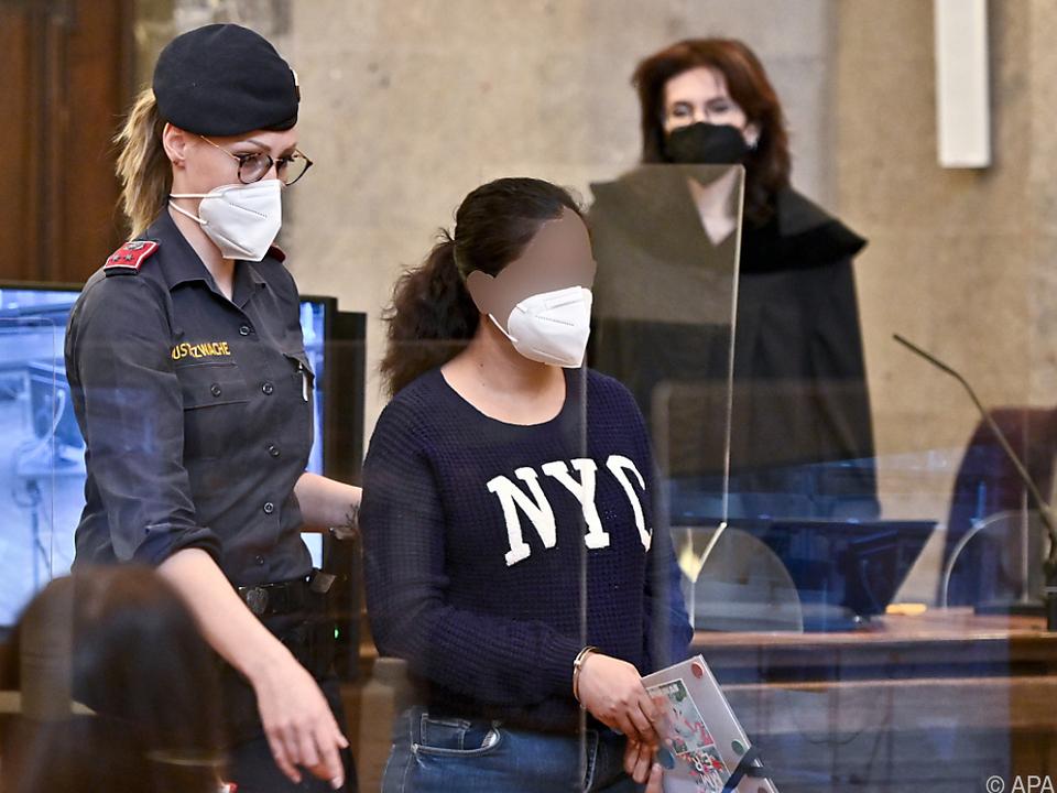 31-Jährige nach Tötung ihrer drei Kinder vor Wiener Geschworenen