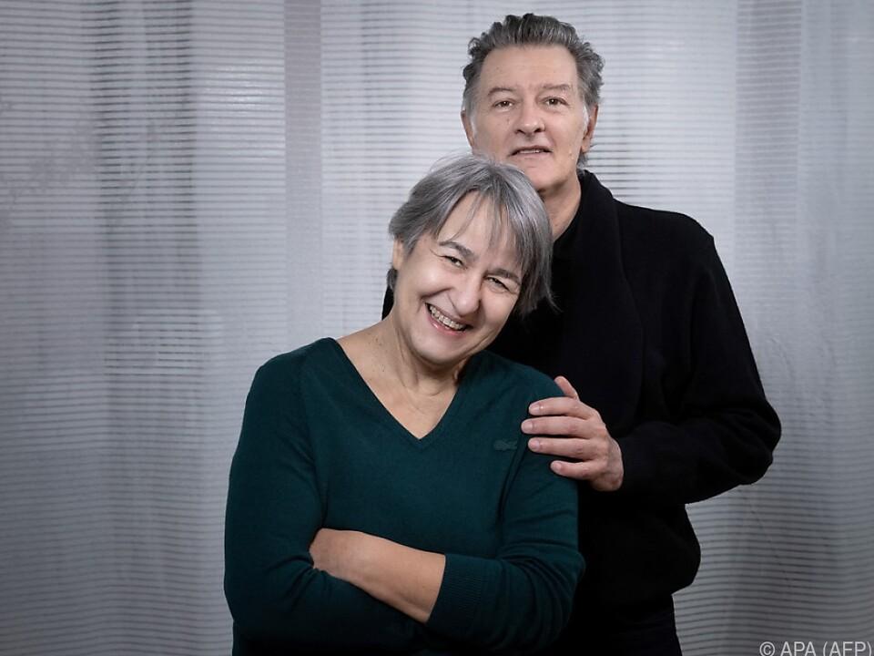 Anne Lacaton und Jean-Philippe Vassal freuen sich über Pritzker-Preis