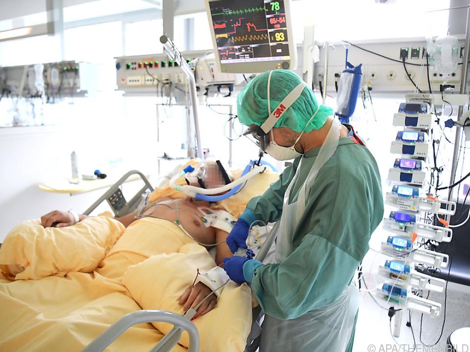 Anstieg auf 670 Intensivpatienten binnen zwei Wochen befürchtet