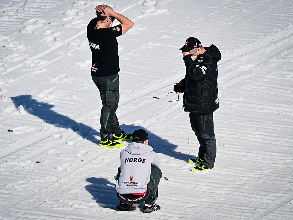 Bangen und Hoffen in Norwegens Team nach dem Sturz