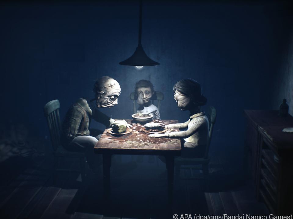 Die Tischszene sieht ungemütlich aus, richtig ungemütlich