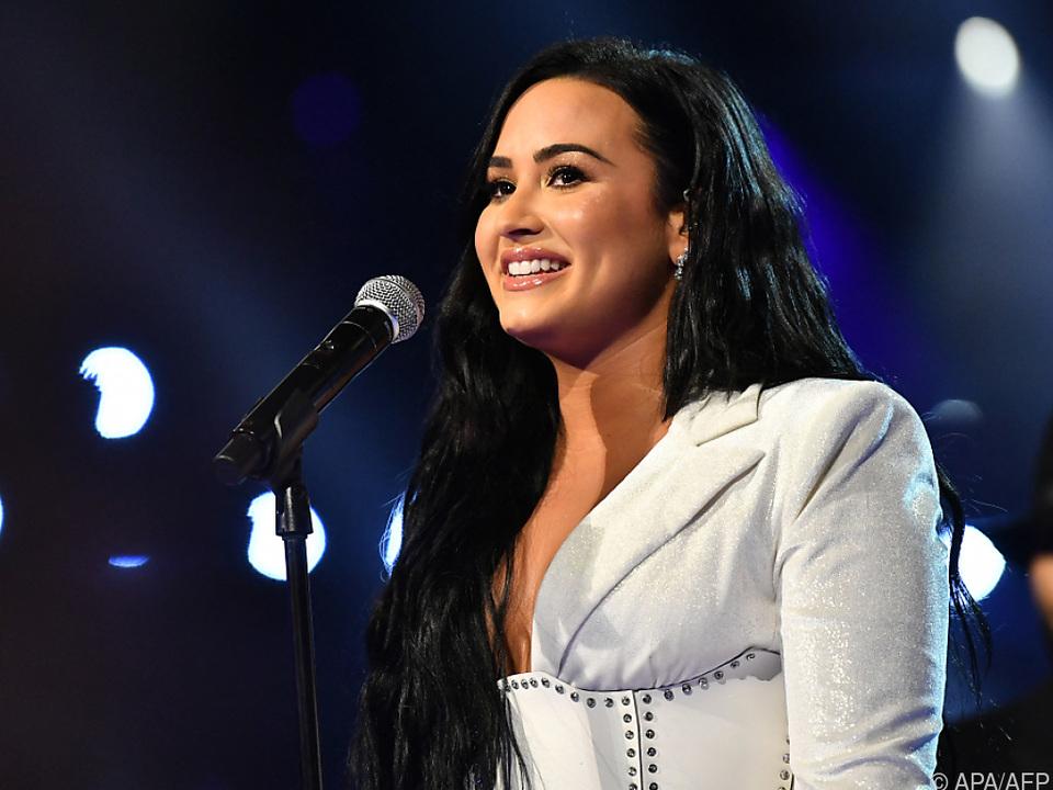 Demi Lovato: \