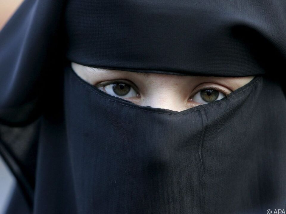 Demonstratin gegen Burka-Verbot