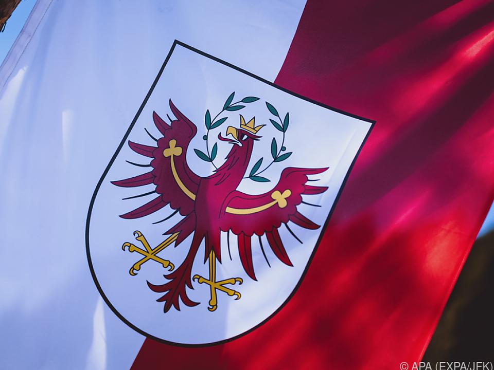 Der besonders betroffene Tiroler Bezirk will schnell handeln fahne freiheit