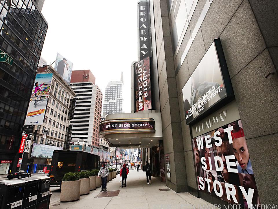 Der Broadway rüstet sich langsam zum Wiederaufsperren