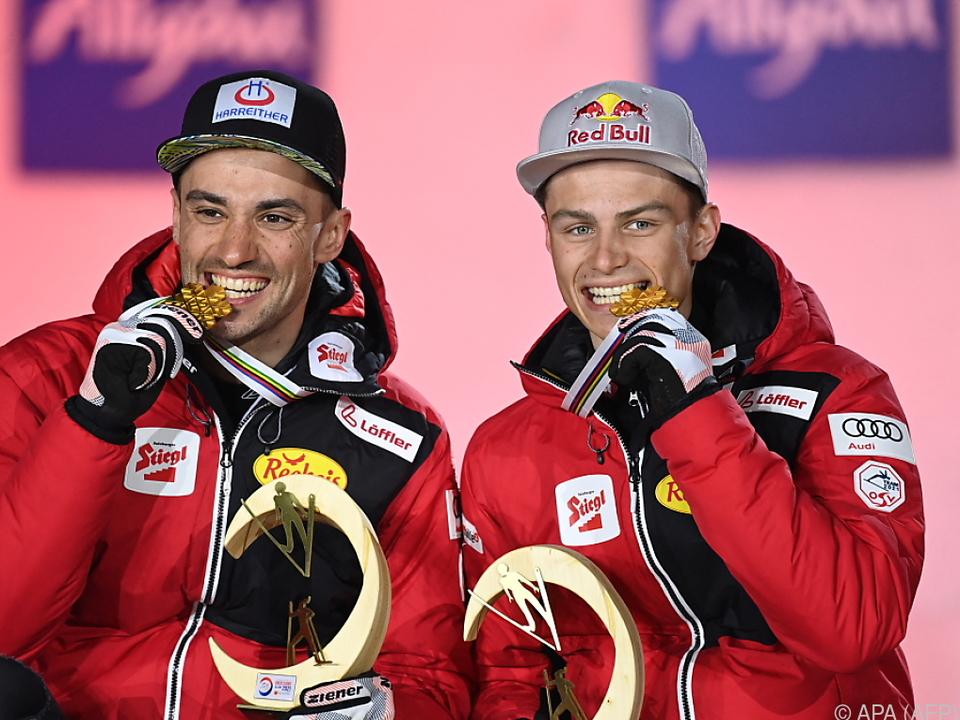 Der Weltmeister legte nach: Johannes Lamparter (r.) wurde Weltcup-Dritter