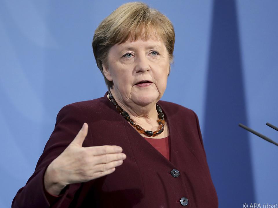 Deutsche Kanzlerin Merkel berät am Montag mit Ländern