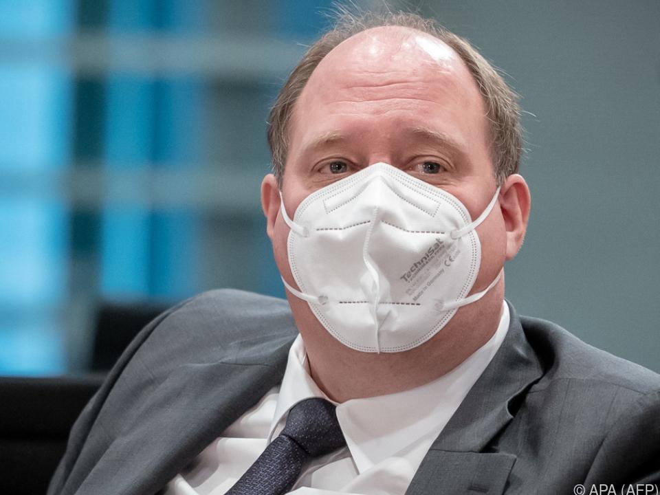 Deutscher Minister Braun warnt vor Mutationen