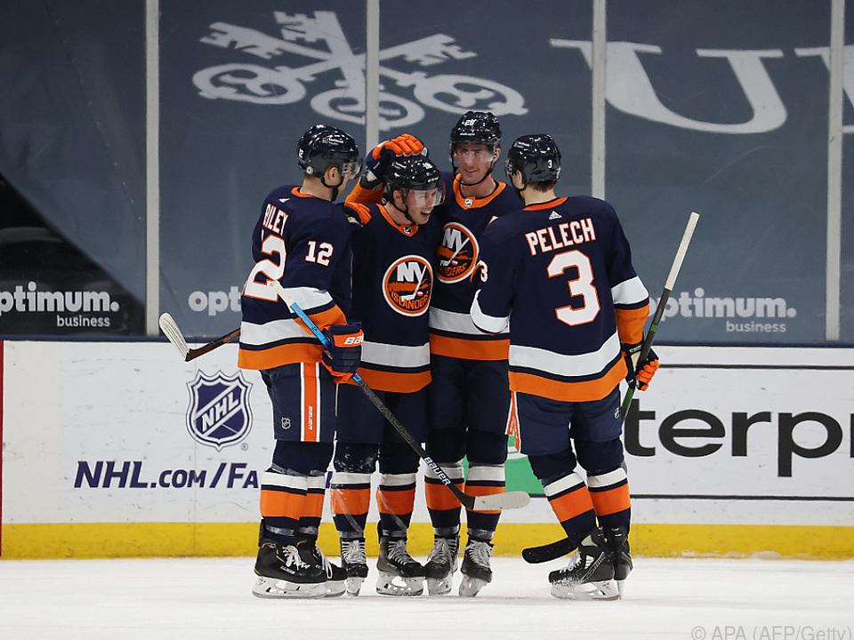 Die Islanders hatten gegen Raffls Flyers ausgiebig Grund zum Feiern