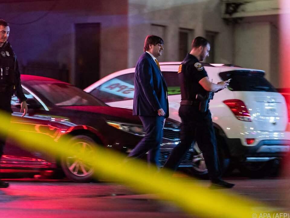 Acht Tote durch Schüsse in drei US-Massagestudios