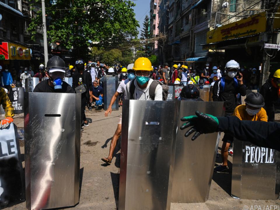 Die Proteste gegen den Militärputsch dauern an