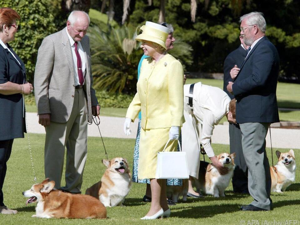 Die Queen ist seit jeher ein großer Corgi-Fan