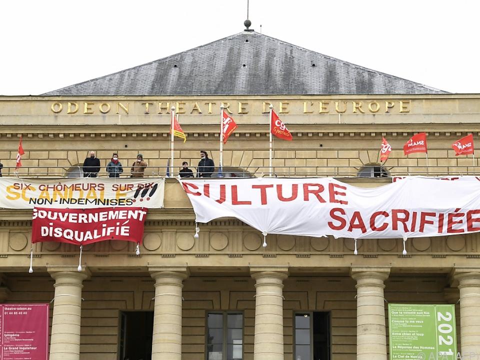 Die vom Theatre Odeon in Paris ausgehenden Proteste weiten sich aus