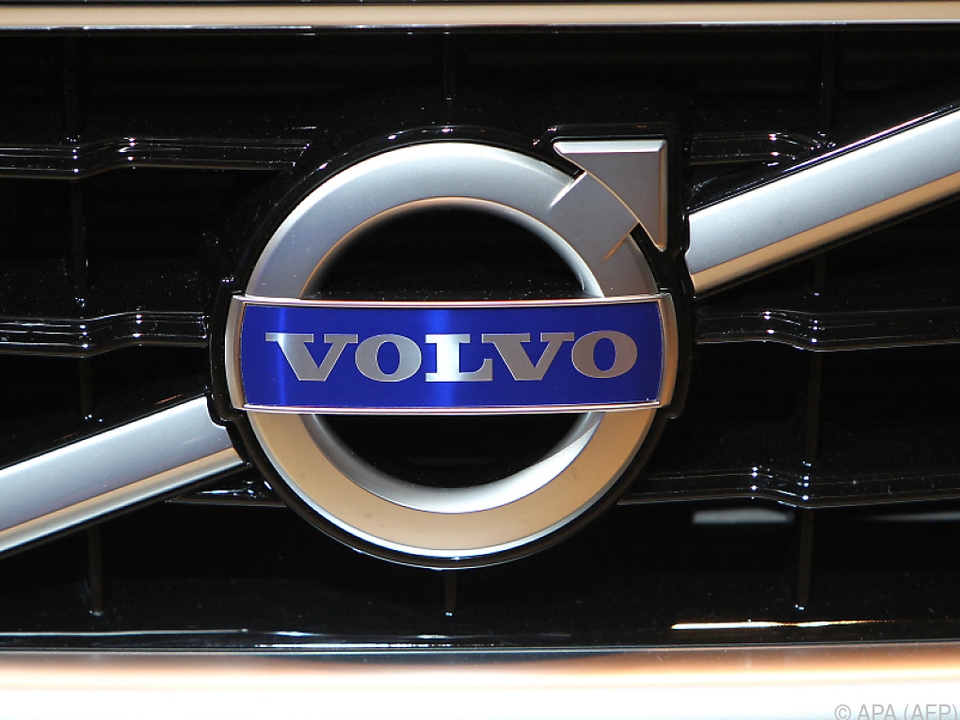 Dieses Logo soll ab 2030 nur noch auf Elektroautos zu finden sein