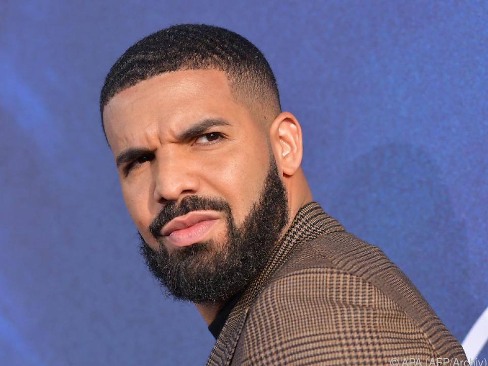 Drake schwimmt auf der Erfolgswelle