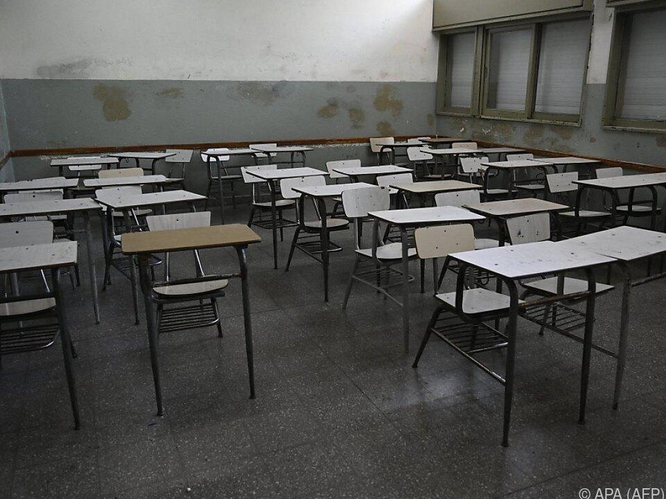 Eine leere Schulklasse in Argentinien