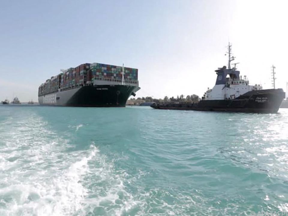 Endlich bewegt sich wieder etwas im Suezkanal