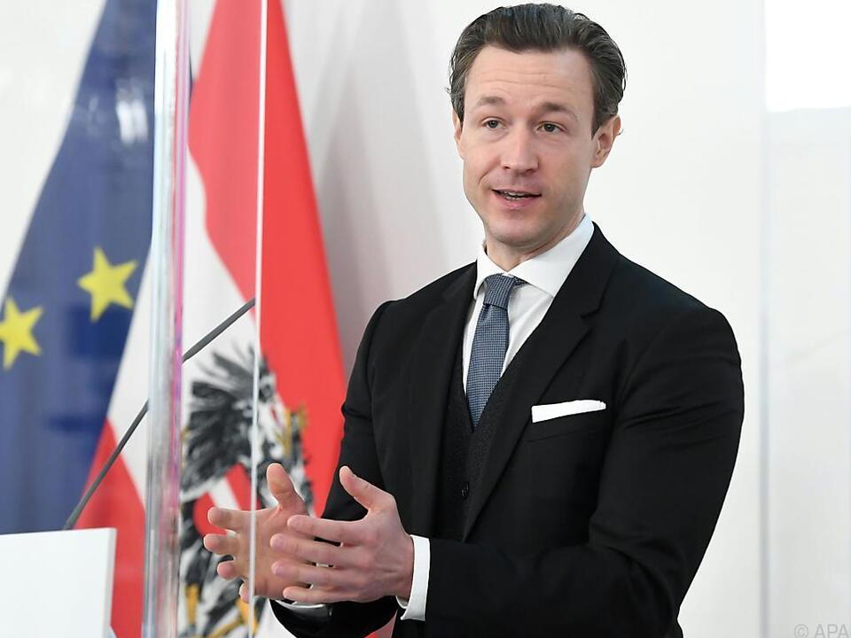Finanzminister Blümel verlangt, dass Ausnahmen temporär bleiben