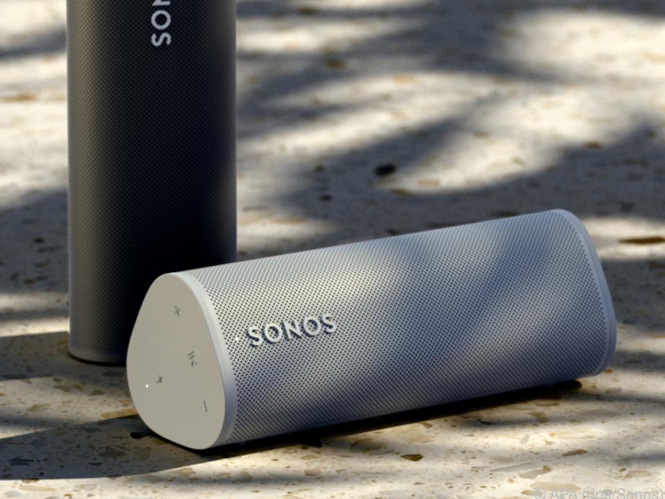 Der Sonos Roam misst nur rund 17 mal 6 Zentimeter