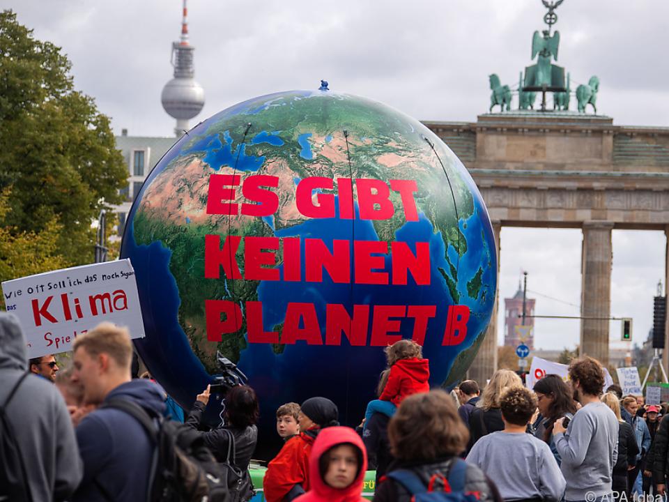 Globaler Klimastreik geht in Runde 7 - nur mit Masken und weniger Menschen