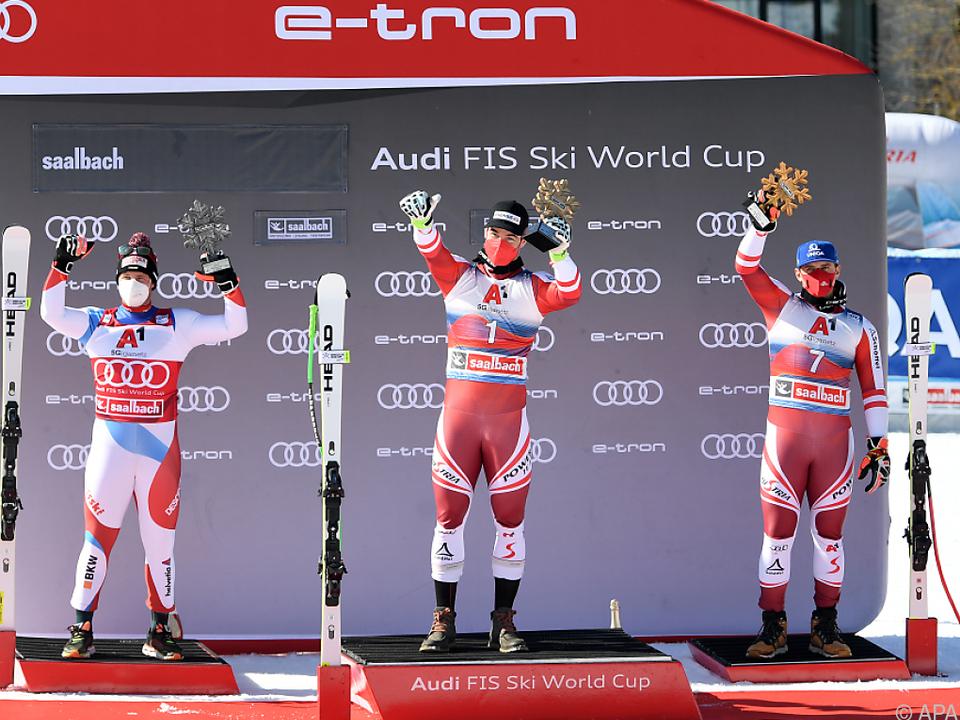 Gruppenbild mit Schweizer: Kriechmayr gewann Abfahrt vor Feuz, Mayer