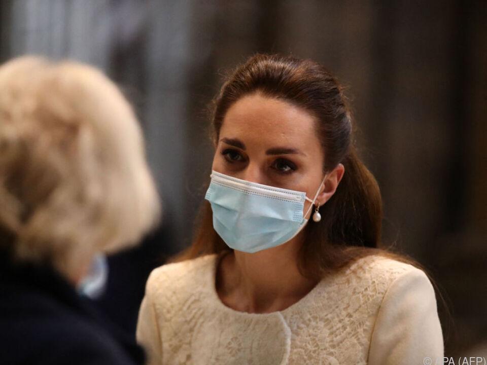 Herzogin Kate will Geschichten Einzelner festhalten