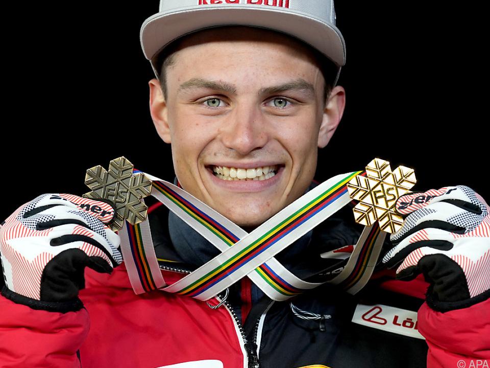 Johannes Lamparter mit der Einzel-Gold- sowie der Team-Bronzemedaille