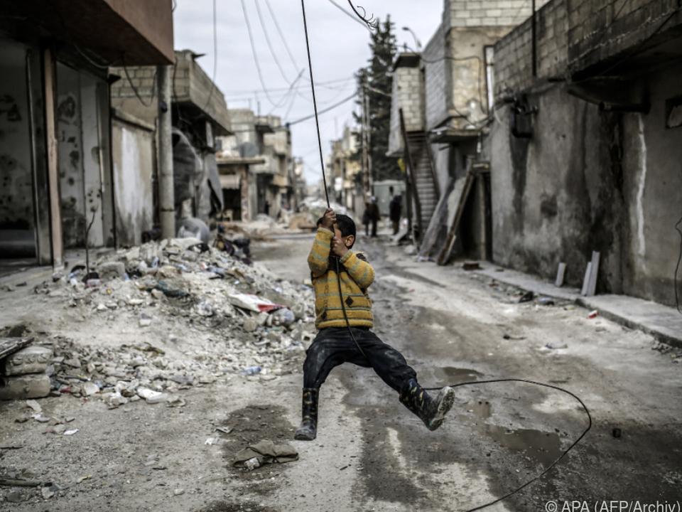Kinderleben in den verwüsteten Städten Syriens