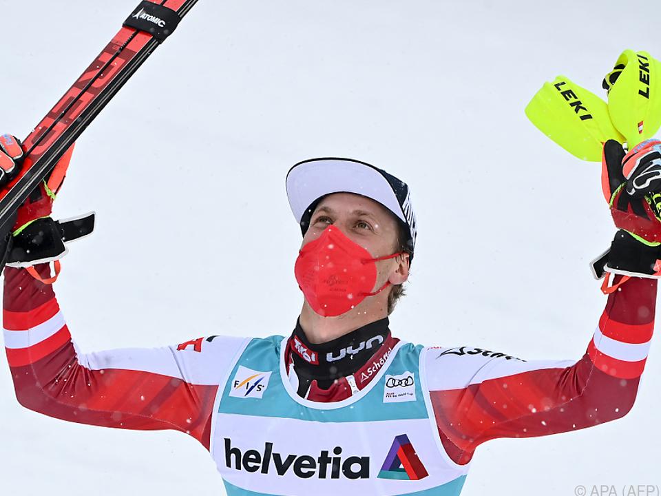 Manuel Feller durfte beim Weltcup-Kehraus noch einmal jubeln