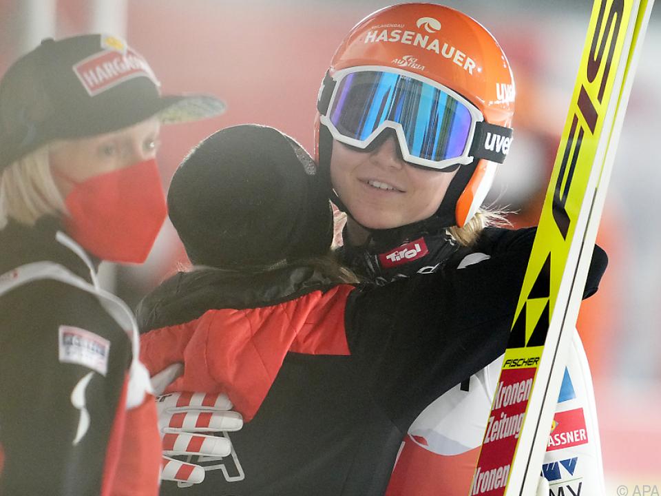 Marita Kramer musste von ihren Teamkolleginnen erneut getröstet werden