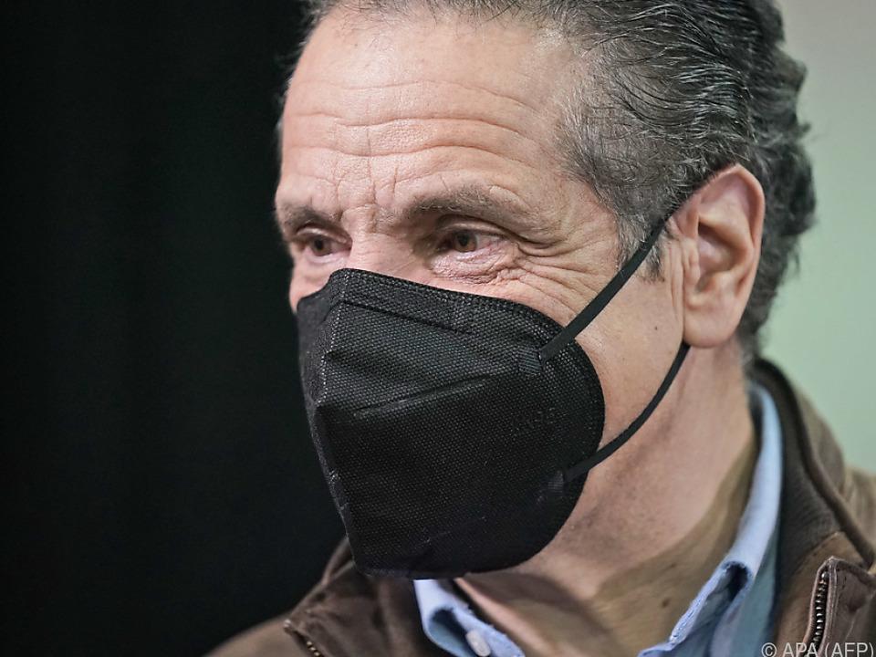 Maskentragen hat im Fall Cuomos besondere Schutzwirkung
