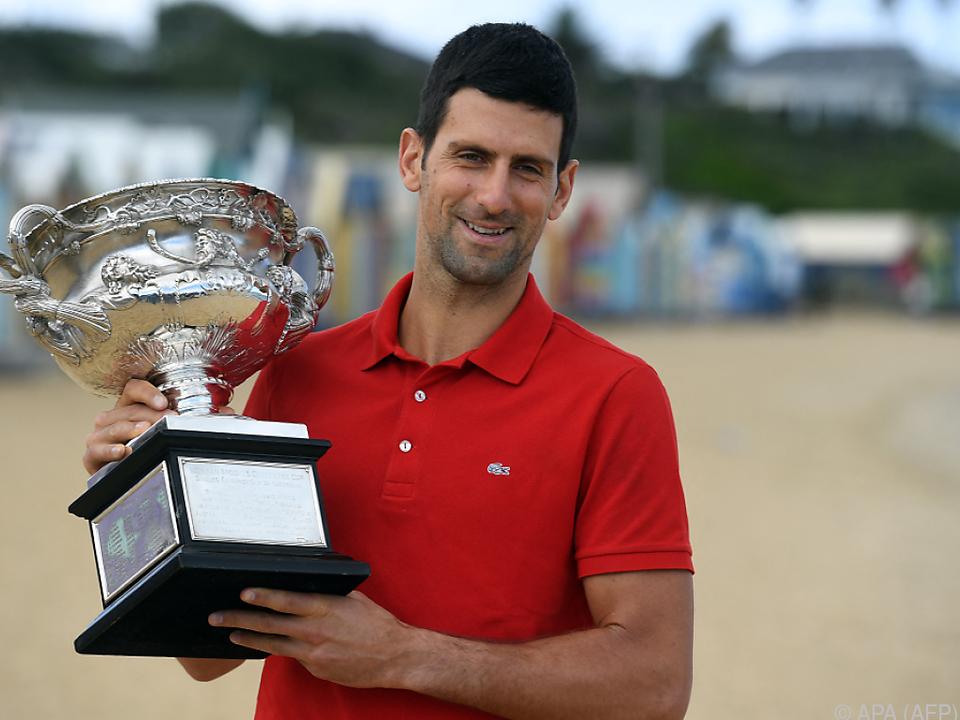 Melbourne-Sieger Djokovic sammelt auch Rekorde
