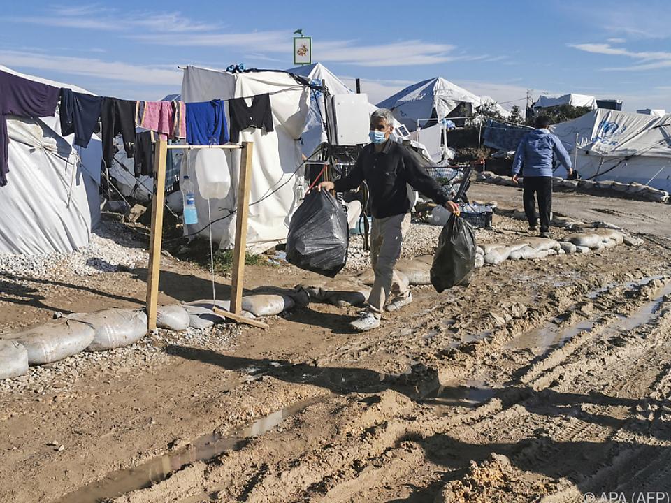 Migrationsforscher: Camps wie Moria darf es nicht mehr geben