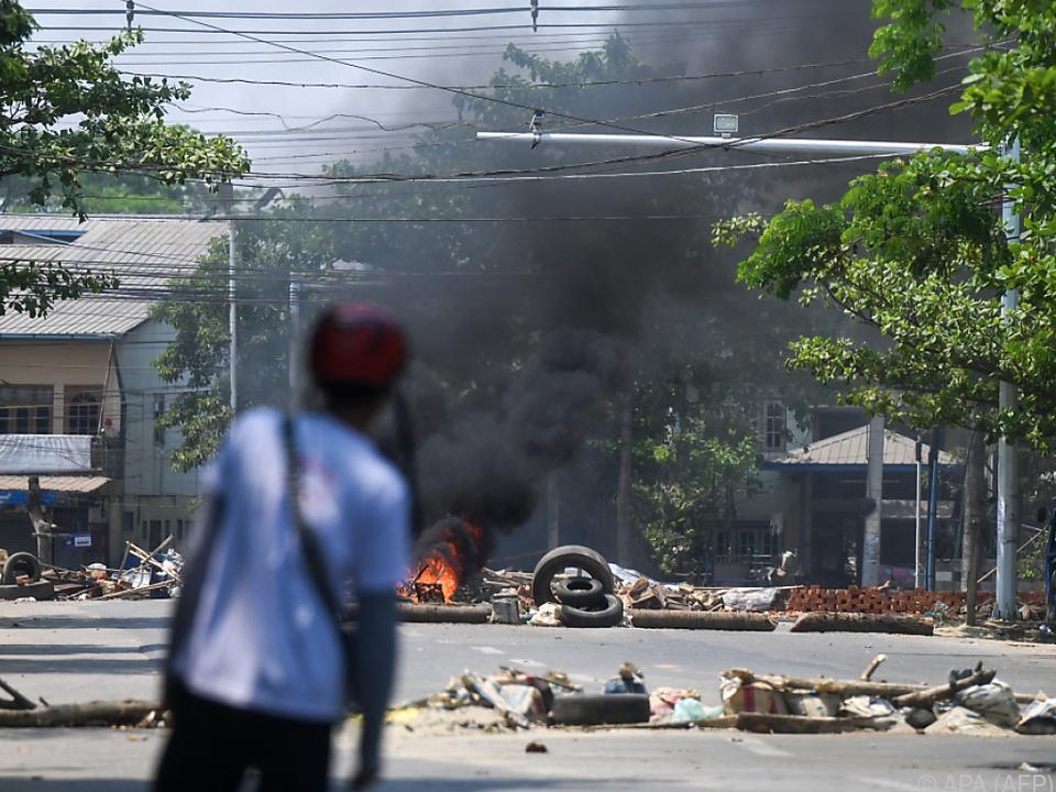 Proteste in Yangon nach Militärputsch